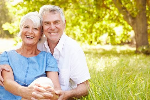 La felicità a portata di mano? Quella vera arriva dopo i 50 anni