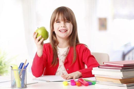 Latte, frutta e verdura nelle scuole Dall'Ue fondi per 148 milioni di euro