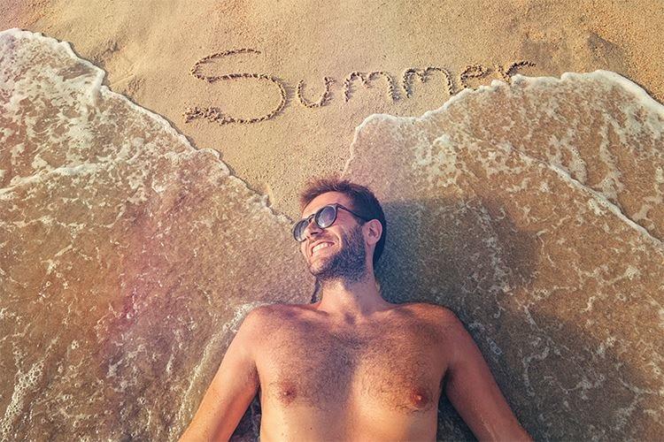 Raggi solari e alimentazione corretta per godere dei benefici della vitamina D