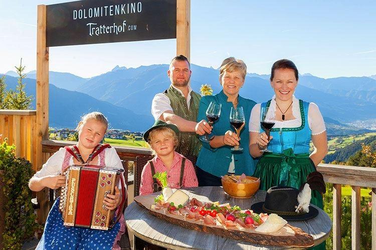 Al Tratterhof Hotel in Val Pusteria il loggione con sauna dell'Alto Adige