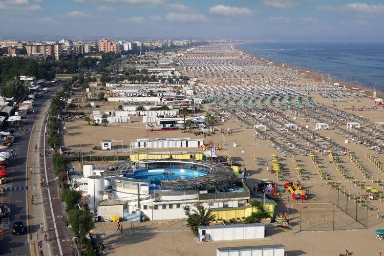 Turismo, summit a settembre Centinaio: «Lavoro di squadra»