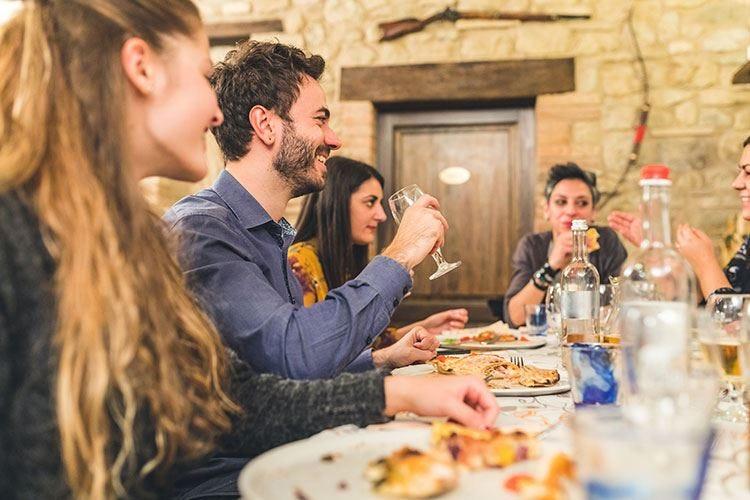 Turisti stranieri in ItaliaUn quarto della spesa al ristorante