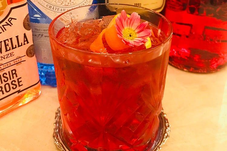 Un drink scaccia stress e paure Peacock Negroni