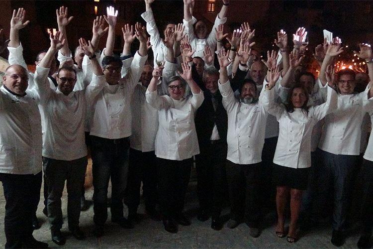 Una squadra più forte e più numerosa Euro-Toques vive di cucina e valori