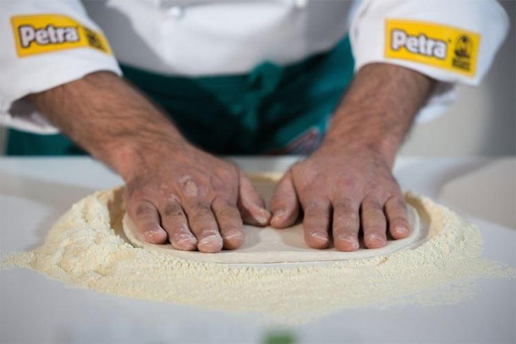 All'Università della pizza un nuovo corso per diventare professionisti dell'impasto