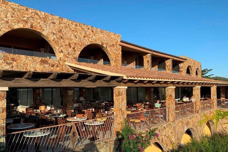 Valle dell'Erica, soggiorno per tutti Sei ristoranti per una cucina top