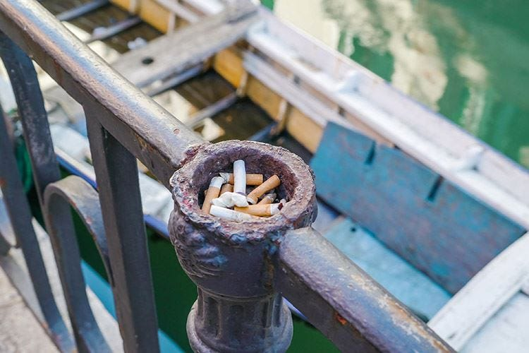 Venezia, stop anche al fumo? Brugnaro si ispira a Tokyo