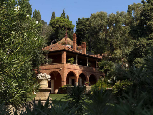 Giardini incantevoli e cucina tipica ligureal relais Villa della Pergola di Alassio
