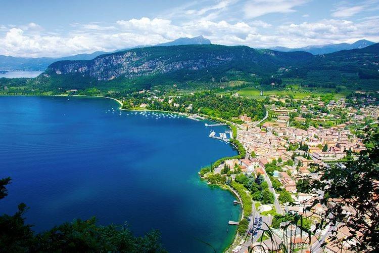 Turismo, c'è ottimismo sul Garda Da metà luglio aperti 8 hotel su 10