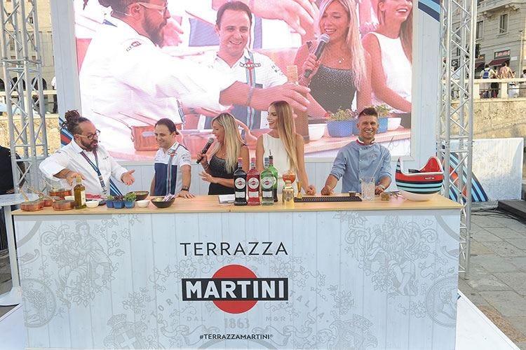 Williams Martini Racing in Darsena Ambiente glamour e novità nel bicchiere