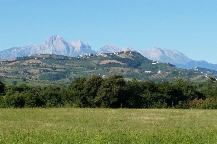 In viaggio lungo l'Abruzzo Paesaggi unici e sapori inconfondibili