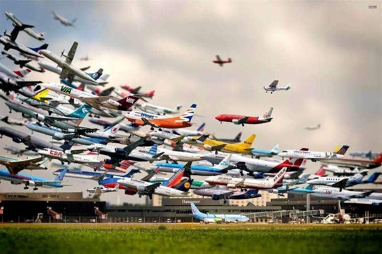 Testa a testa tra compagnie aeree per accaparrarsi i primi passeggeri