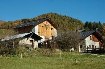 Tradizioni contadine e cucina genuina nell'agriturismo più alto del Trentino