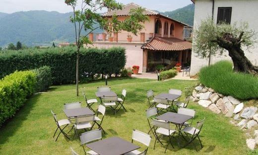 Relax all'Agriturismo La Costa nel cuore delle Langhe piemontesi