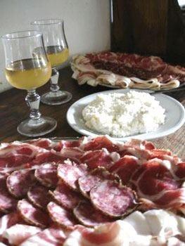 È già allarme in tutta Italia per i falsi menu acchiappaturisti