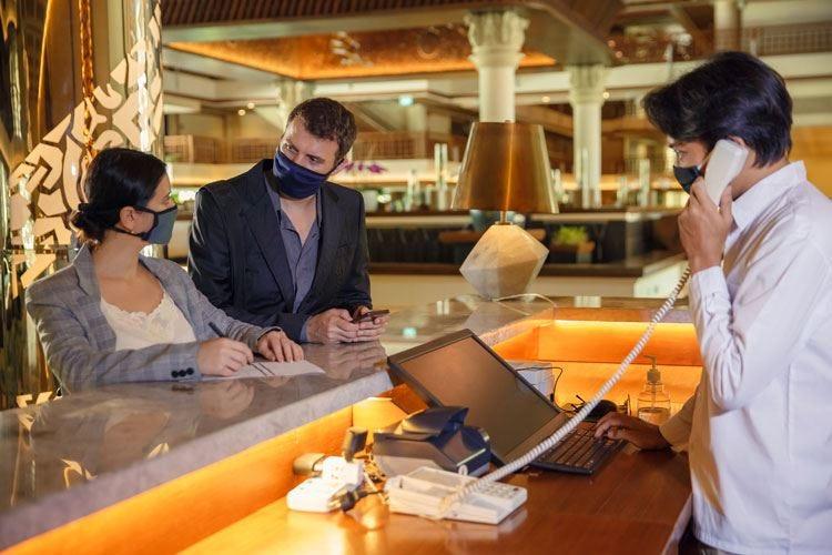 Pochi turisti stranieri anche a luglio Cig ancora aperta per 8 hotel su 10