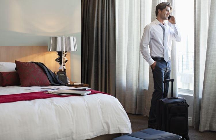 Il protocollo per alberghi sicuri L'ospitalità prepara la ripartenza