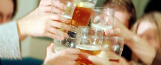 Cresce l'abuso di alcol in Italia Otto milioni a rischio