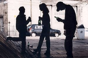 Alcol vietato ai minori di 16 anni Trezzano, sindaco contrario alla Moratti