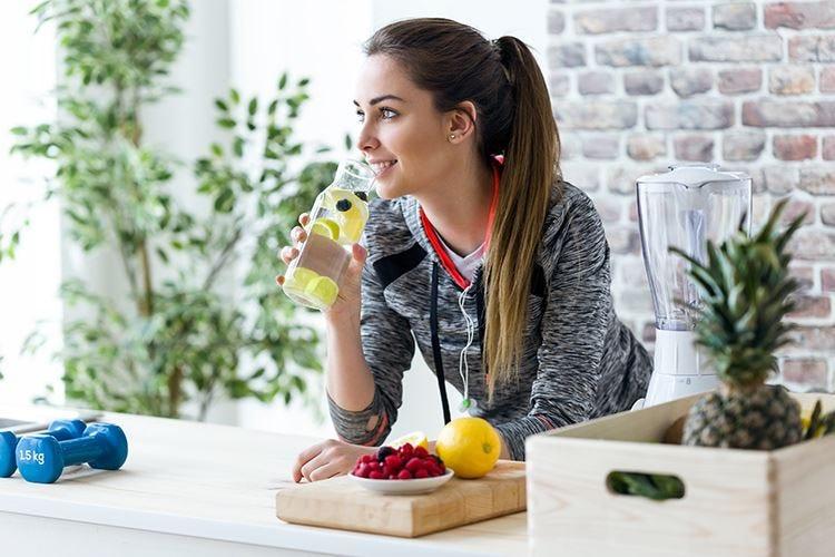 Alimentazione al femminile10 regole d'oro per stare bene