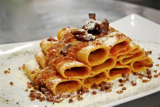 Taverna parioli nel cuore di milano atmosfera accogliente for Roma piatti tipici