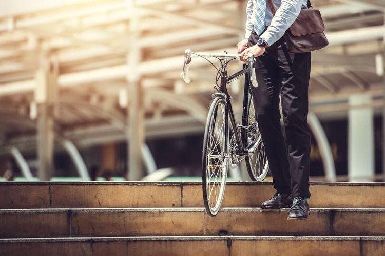 Andare in bicicletta al lavoro riduce il rischio di malattie