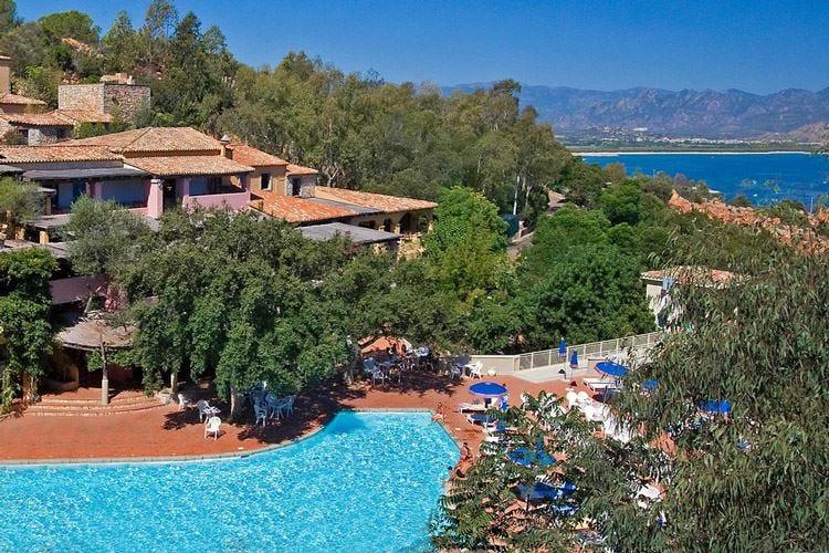 L'Arbatax Resort accende le tv straniere grazie a Sky