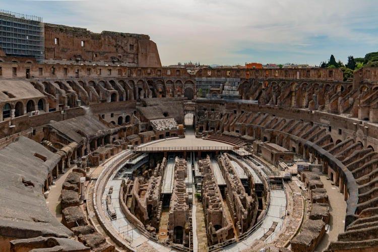 l'arena del Colosseo la cui pavimentazione dovrà essere ricoperta per restituire un'idea più precisa della sua funzione Franceschini: Parte la grande sfida per ricostruire l'arena del Colosseo