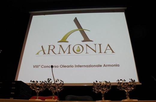 """Italia in testa al concorso """"Armonia"""" Due ori agli oli di Campania e Toscana"""