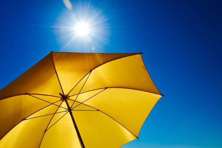 Arriva l'app che segnala quando proteggersi dal sole