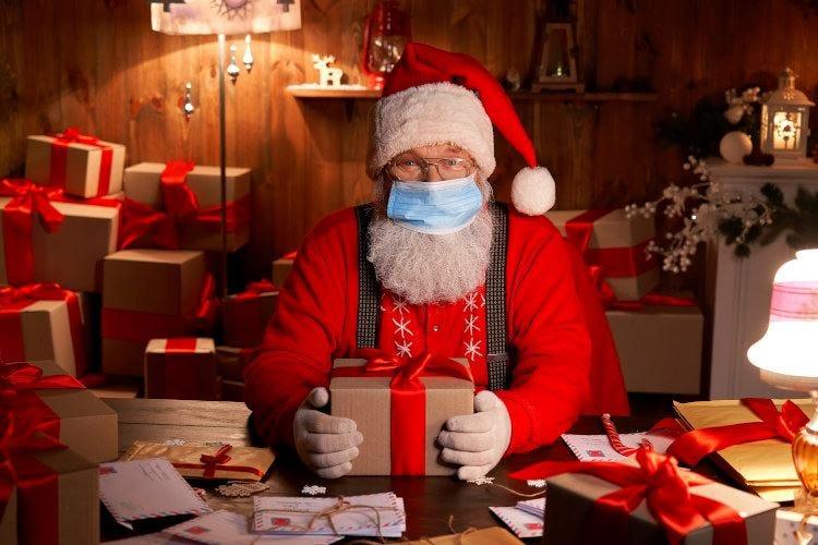 Lettera aperta a Babbo Natale: noi faremo sacrifici, ma zittisci i politici!