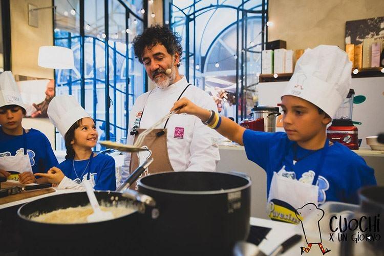 Bambini a lezione di cucina In cattedra gli chef stellati