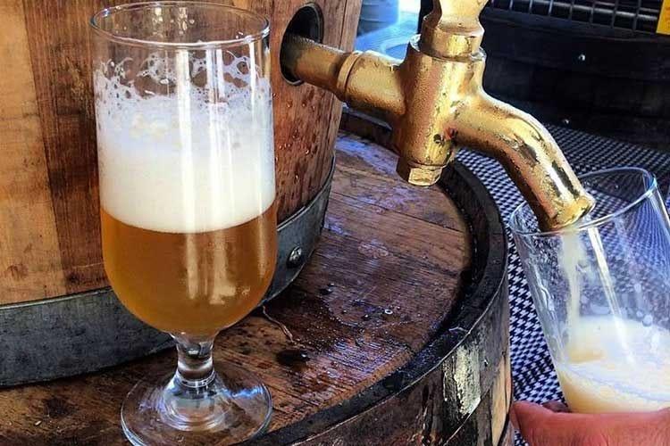 """L'arte della birra secondo Arioli Tutto """"matura"""" nel legno"""