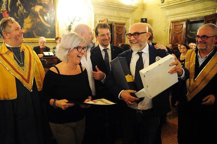 Bologna celebra il miglior tortellino Libro e premio a due locali storici