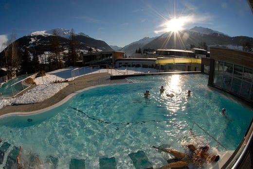Bormio per una vacanza lunga tutto l 39 anno dallo sci alle - Bormio terme bagni vecchi ...