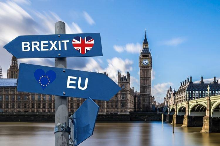 Caos Brexit, senza accordo altro rischio dazi per il Made in Italy