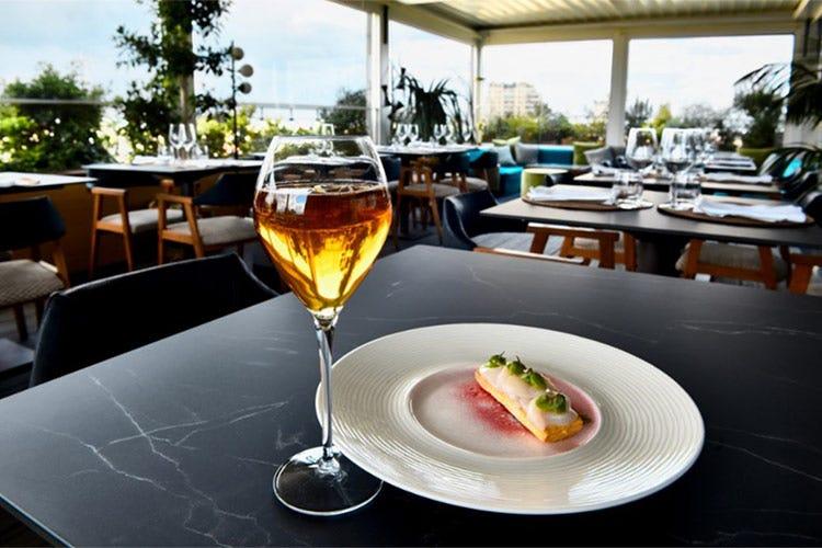 Gli abbinamenti sono stati realizzati dal ristorante a' riccione terrazza12 di Milano Champagne Comte de Montaigne per i menu Umami di Marco Fossati