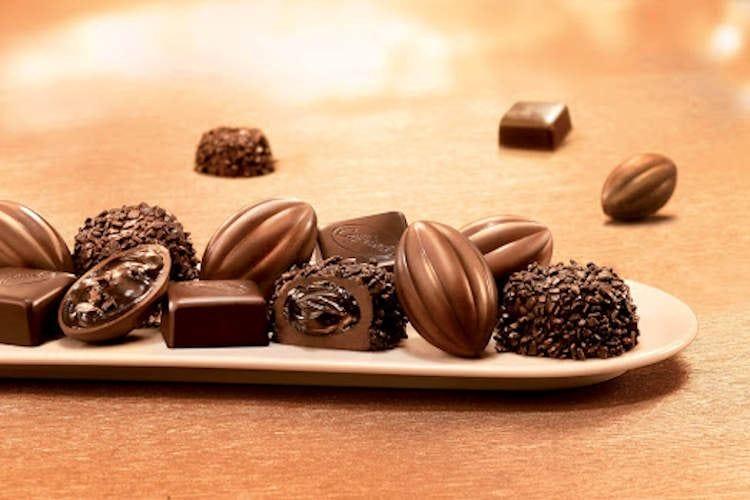 Un milione di euro in cioccolato Il dono di Caffarel ai bisognosi