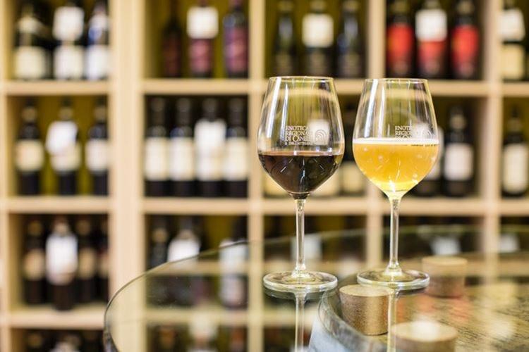 """Canelli… """"V'incanta"""" Festa del vino nel Monferrato"""