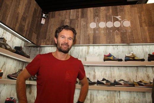 Carlo cracco testimonial per diadora scarpe ideali per - Lavorare in cucina ...
