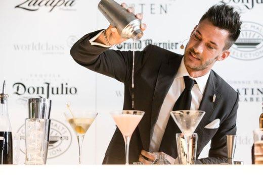 Claudio Perinelli di Peschiera del Garda tra i 6 migliori bartender del mondo - Italia a Tavola
