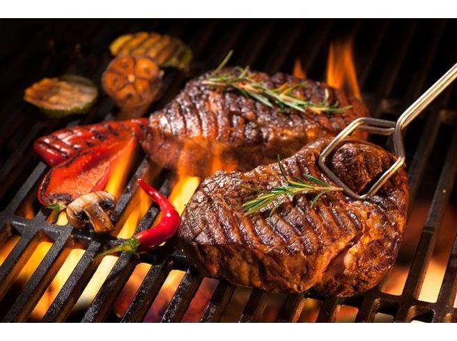 Carne, italiani più consapevoli L'83% ne consiglia il consumo