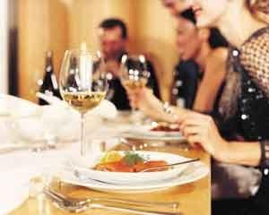 Cene e aperitivi le migliori opportunità per i nuovi business della tavola