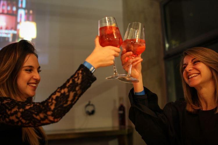 Dry Milano si tinge di rosso per il centenario del Negroni