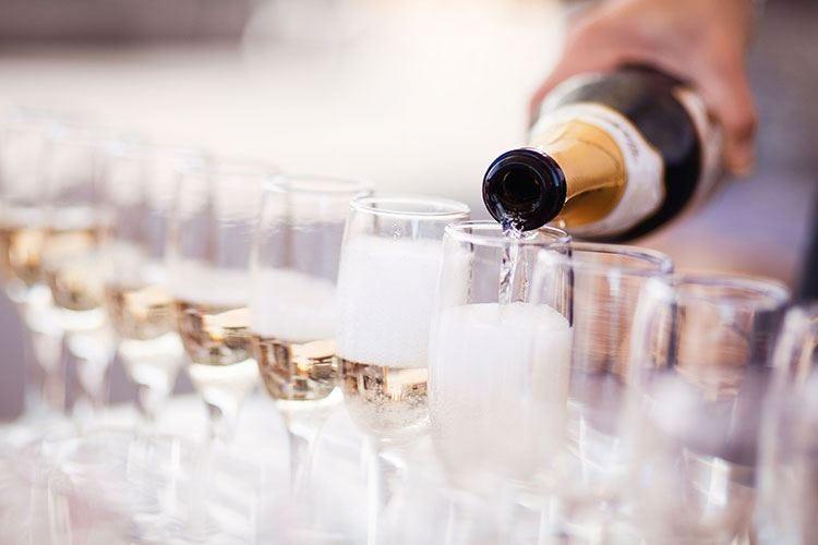 """""""Champagne Le Ligne De Vie"""" A Sondrio 30 etichette in vetrina"""