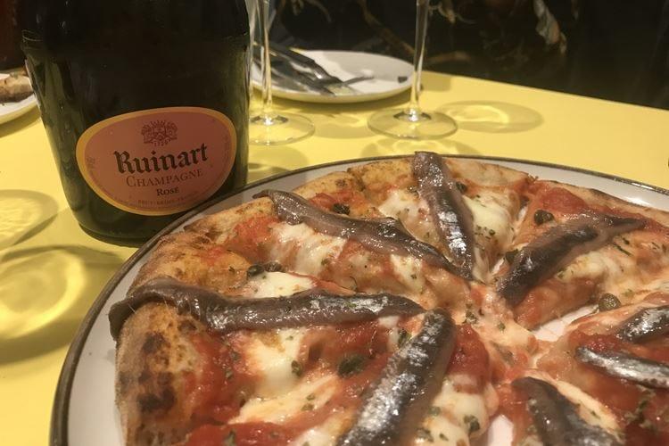 La pizza si tinge d'avanguardia E per due giorni la capitale è Milano