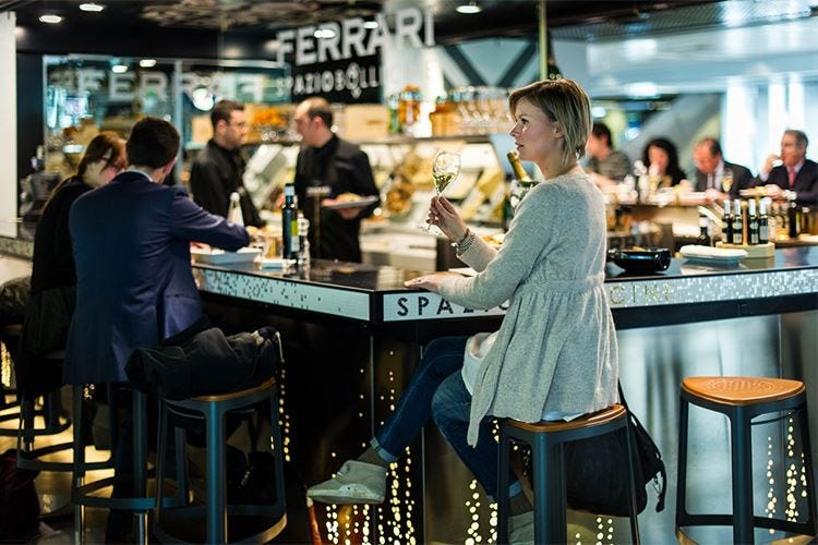 Il piacere di un cocktail… in aeroporto I migliori indirizzi nel mondo