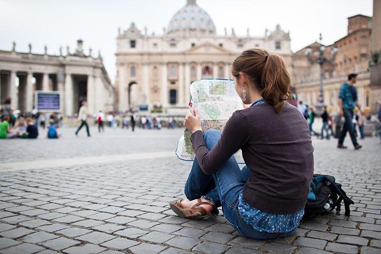 Meno tasse e più formazione Piano di 3 anni per il turismo