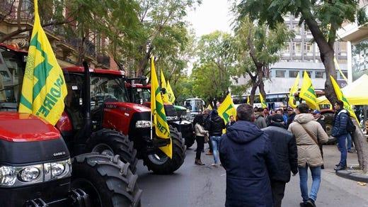 coldiretti-protesta-catania-trattori.jpg (520×292)