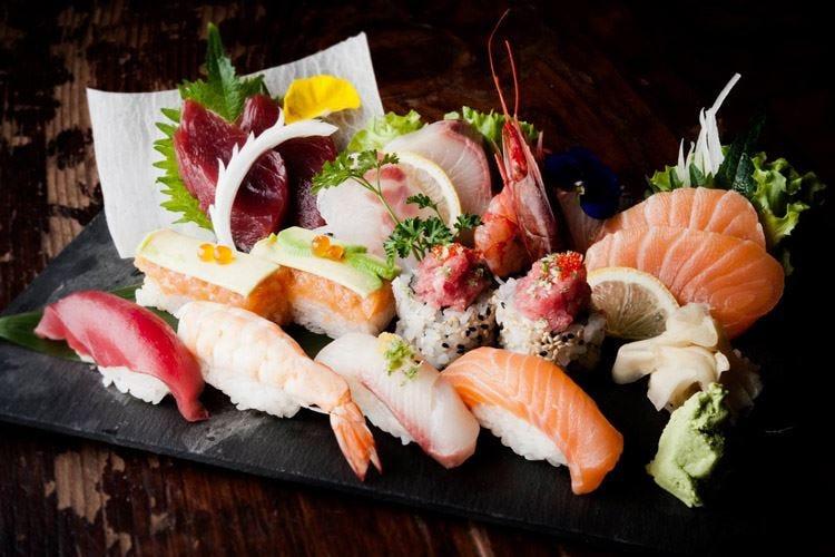 """Con il Festival del Sushi Milano si """"gemella"""" col Giappone"""